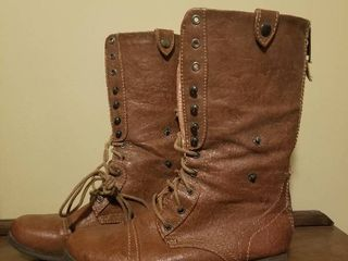 Charlotte Russe Convertible Boots  Size 8