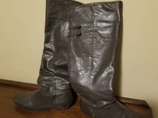 Cute leather Boots  Size 9
