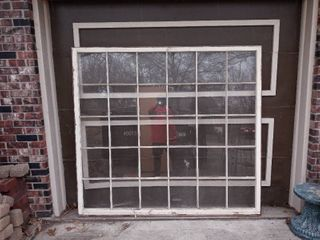 Huge 30 Payned Window