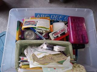 Tote lot Of Various Art Supplies Yarn Markers Stationery Etc