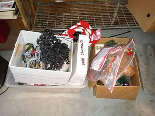 loy Of Various Indoor And Outdoor Holiday Decorations