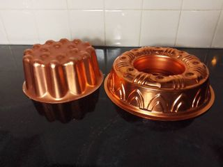 lot of 2 Fun Shaped Copper Plated Cake Pans
