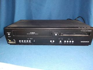 Magnavox DVD VHS Player Powers On