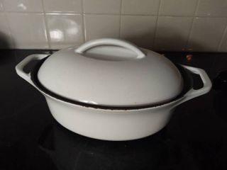 Waterford Colorcast Enameled Stoneware 3 Pint Cooking Pan with lid