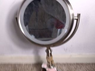 Double Sided Magnified Makeup Vanity Mirror with light and Extension Chord