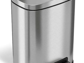 iTouchless SoftStep Stainless Steel Rectangular Step Pedal Trash Can with Removable Inner Bin  1 32 Gal  Silver  PC05RSS  Retail Price  37 49