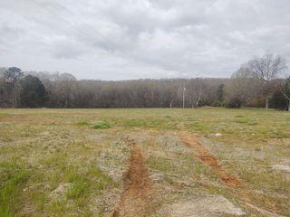 14 Acres� Of Prime Real Estate:  Great Location In Decatur, AL