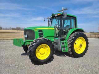 2009 John Deere 7330 Premium  3602 hr