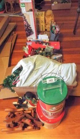 Christmas Decor  Items  4  boxes