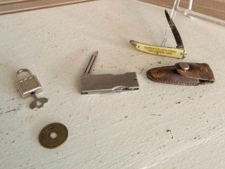 Folding Knives  2  Foreign Coin  Key lock