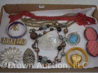 Assortment of jewelry incl  bracelets  brooches  necklaces  etc