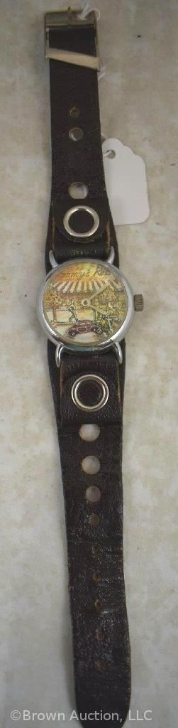 Vintage scenic wrist watch w animated car second hand   works