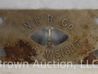 National Cash Register  bill weight