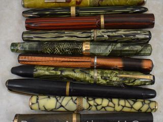 10  Vintage gold tip fountain pens  many with elaborate cases