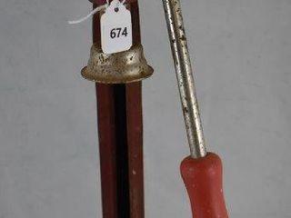 Vintage CI bottle capper