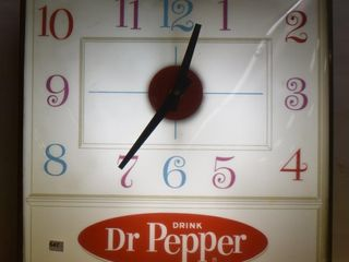 Dr  Pepper Pam Clock Co  bubble glass advertising clock