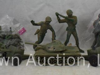 large box lot of old Army men