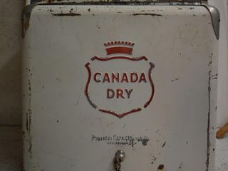 1950 s Canada Dry cooler ice chest  embossed logo