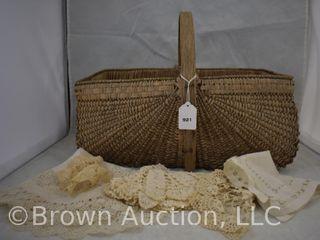 Vintage rectangular wicker basket   few doilies