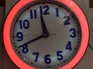 Cleveland Neon backlit clock   25 d