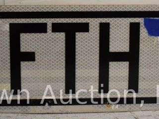 Fifth St dbl  sided street sign