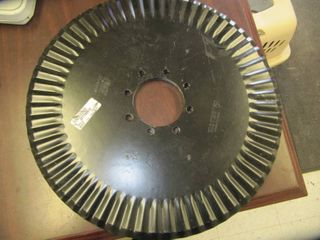 lOT OF 3 NEW JOHN DEERE 5FT750014   Disk Colter   RIPPlE 20  Coulter Blade   8 BOlT 1 2 in Bolt Holes Approx 4 In Center Hole