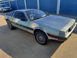 Wichita, Ks Vehicle and Jewelry Auction - 1981 Delorean, 2004 Chevrolet SSR and Gold Estate Jewelry