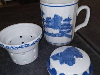 Blue and White Asian Porcelain 3 Piece Tea Mug