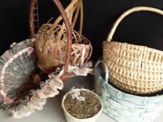5 Wicker Baskets