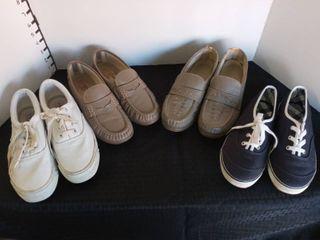 Gloria Vanderbilt  SAS and St Johns Bay Womens Size 7 Shoes