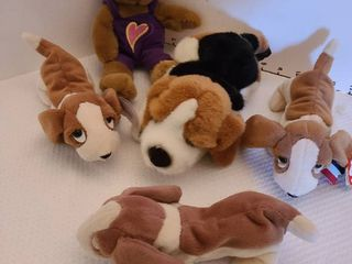 Assorted Beanie Babies and stuffed animals