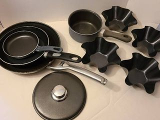 Cookware with four taco bowl forms
