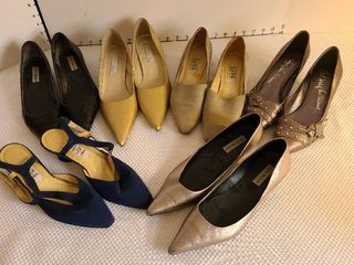 ladies shoes size 8 and 8 1 2  Six pair