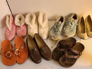ladies casual shoes and slippers  mostly size 8