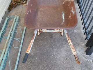 Craftsman wheelbarrow  metal frame and missing one rubber handle