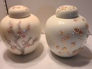 Decorative pots with lids