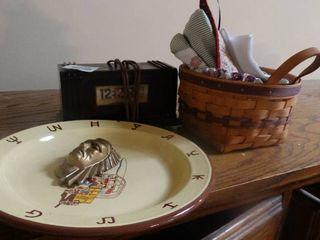 lot of Home Decor  Basket  Vintage Clock  Decorative Plate  Etc