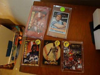 5 various sports cards in plastic