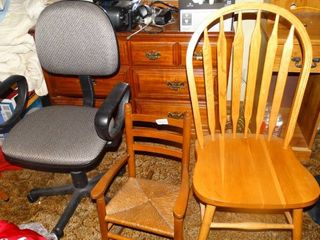 lot of 3 Chairs