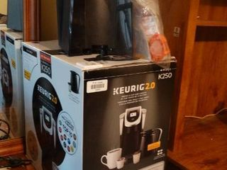 Keurig 2 0 with Accessories