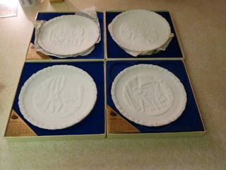 lot of 4  Portraits of liberty Sculptured in Glass  Plates