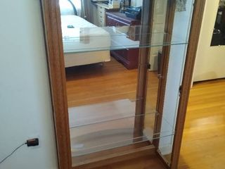 Wood lighted display cabinet   no front glass