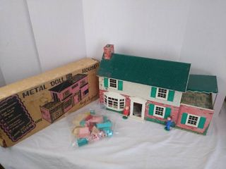 2  metal doll houses with accessories