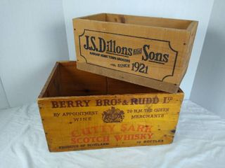 J S Dillons and Sons crate   Berry Bro s Rudd scotch whisky wood crate
