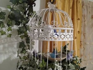 Bird cage w faux vines and metal wall bracket and hook