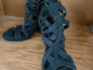 Black Wedges Size 11