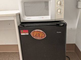 Haier Mini Fridge With Gold Star Microwave