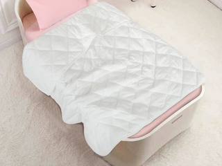NTBAY Toddler Quilted Blanket White
