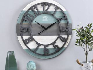 FirsTime  amp  Co  Shabby Farmhouse Planks Clock