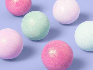 Shimmer Round Bath Bombs Gift Sets   9ct 1 76oz   More Than Magic